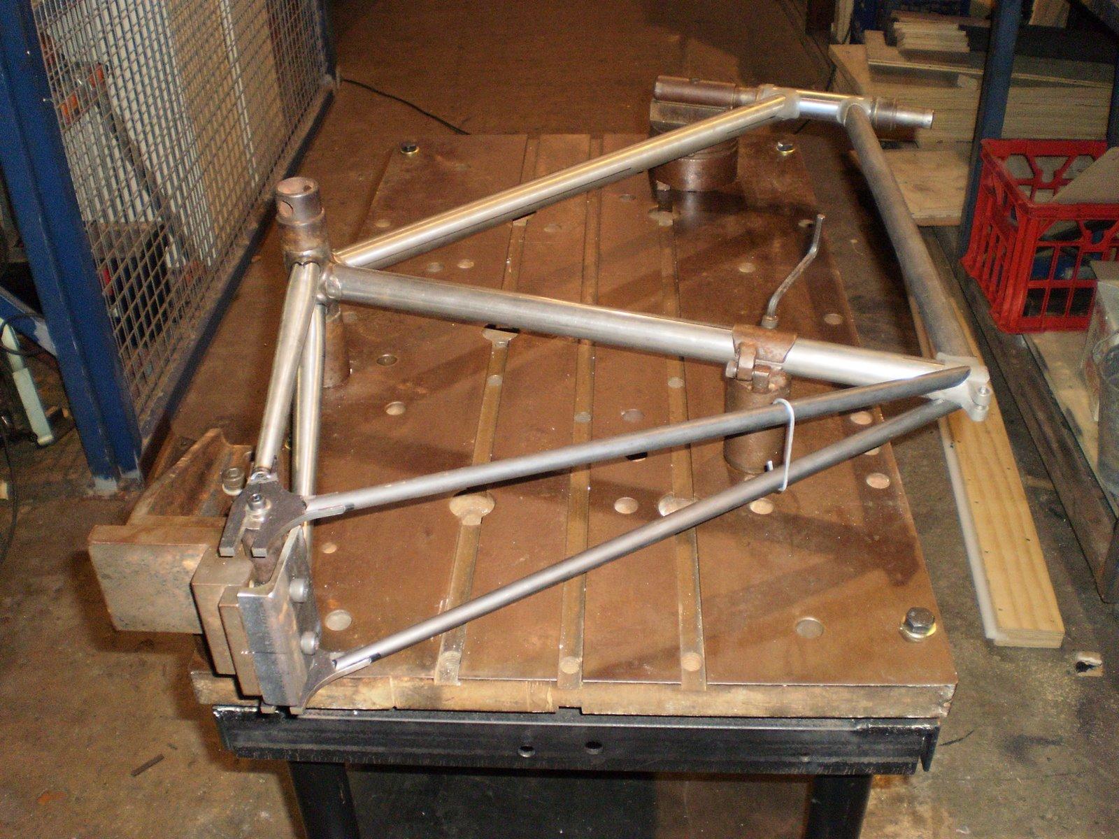 Как выровнять велосипедную раму своими руками 68